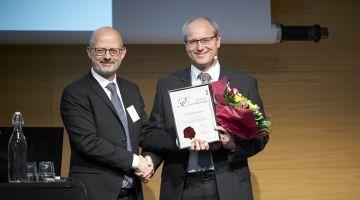 Elastyrenprisen 2019 til lektor Henrik Birkedal