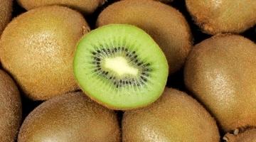 Mørt kød med kiwi